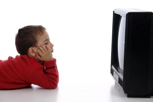 Αποτέλεσμα εικόνας για child watching tv